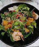 Superfood Salad & Grilled Prawns