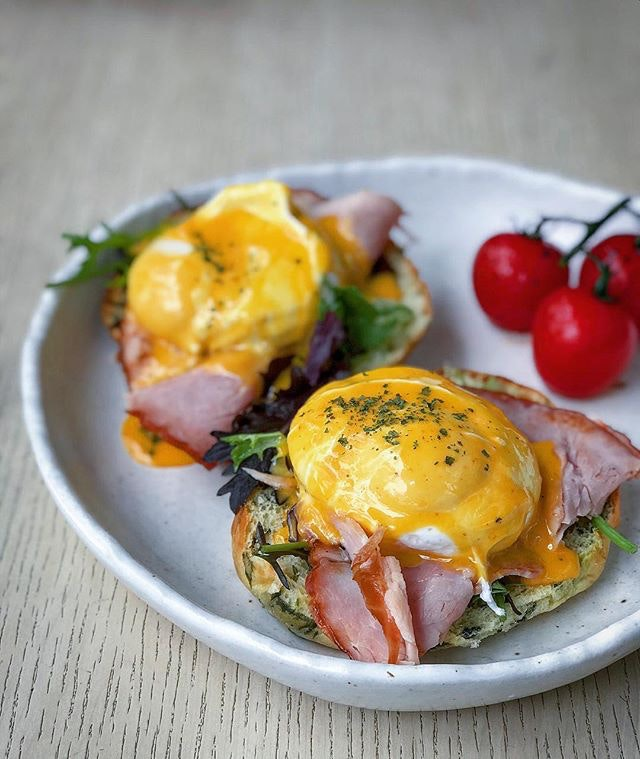 It had me at sriracha hollandaise.