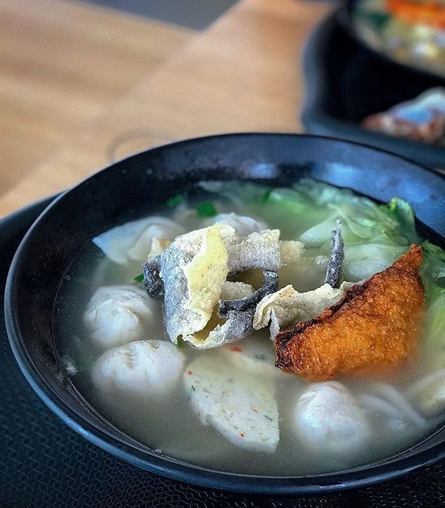 Happiness is when you can have this hand-made fishball mee tai mak soup all day, every day.