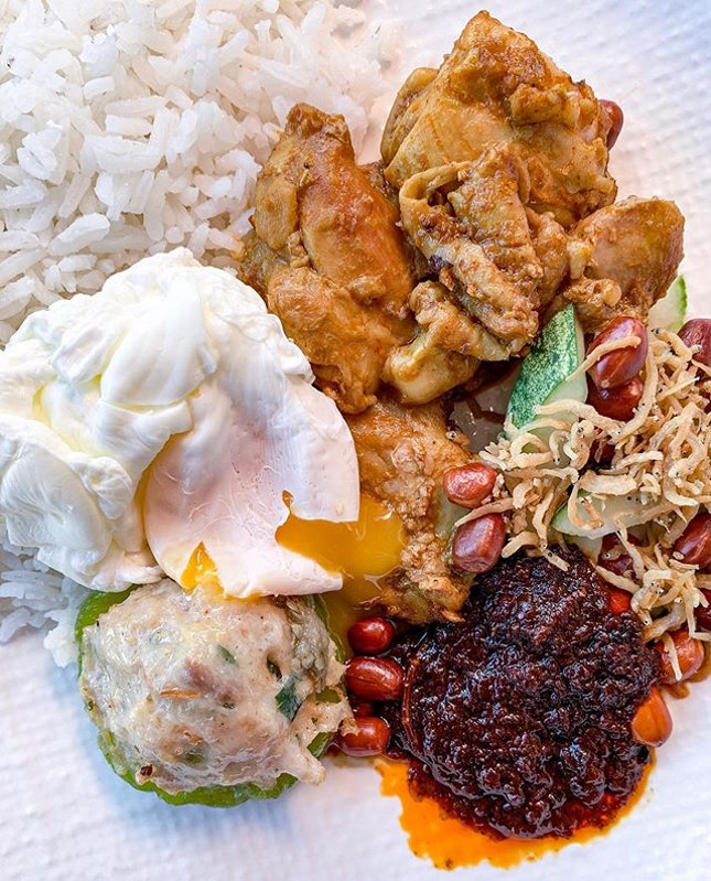 When you want to eat nasi lemak, poached egg and Hakka YTF all at once.