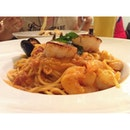 Spicy Seafood Pasta W/ Grilled Scallops