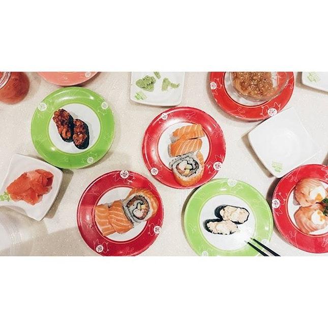/ 1 4 - 0 4 - 2 0 1 6 /  Sushi war after workout!!