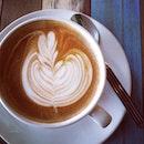 flat white i love #flatwhite #cafe #cafelism #coffee #coffeesech
