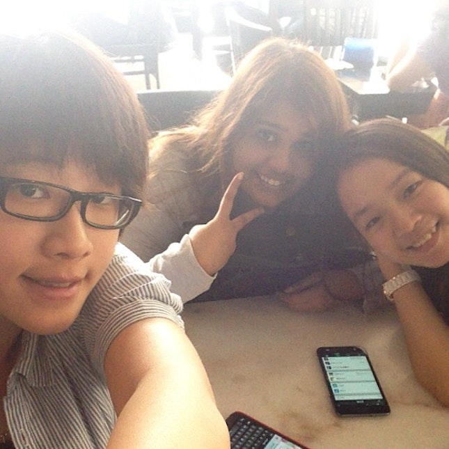 super hungry lunch with lovely girl, food ??